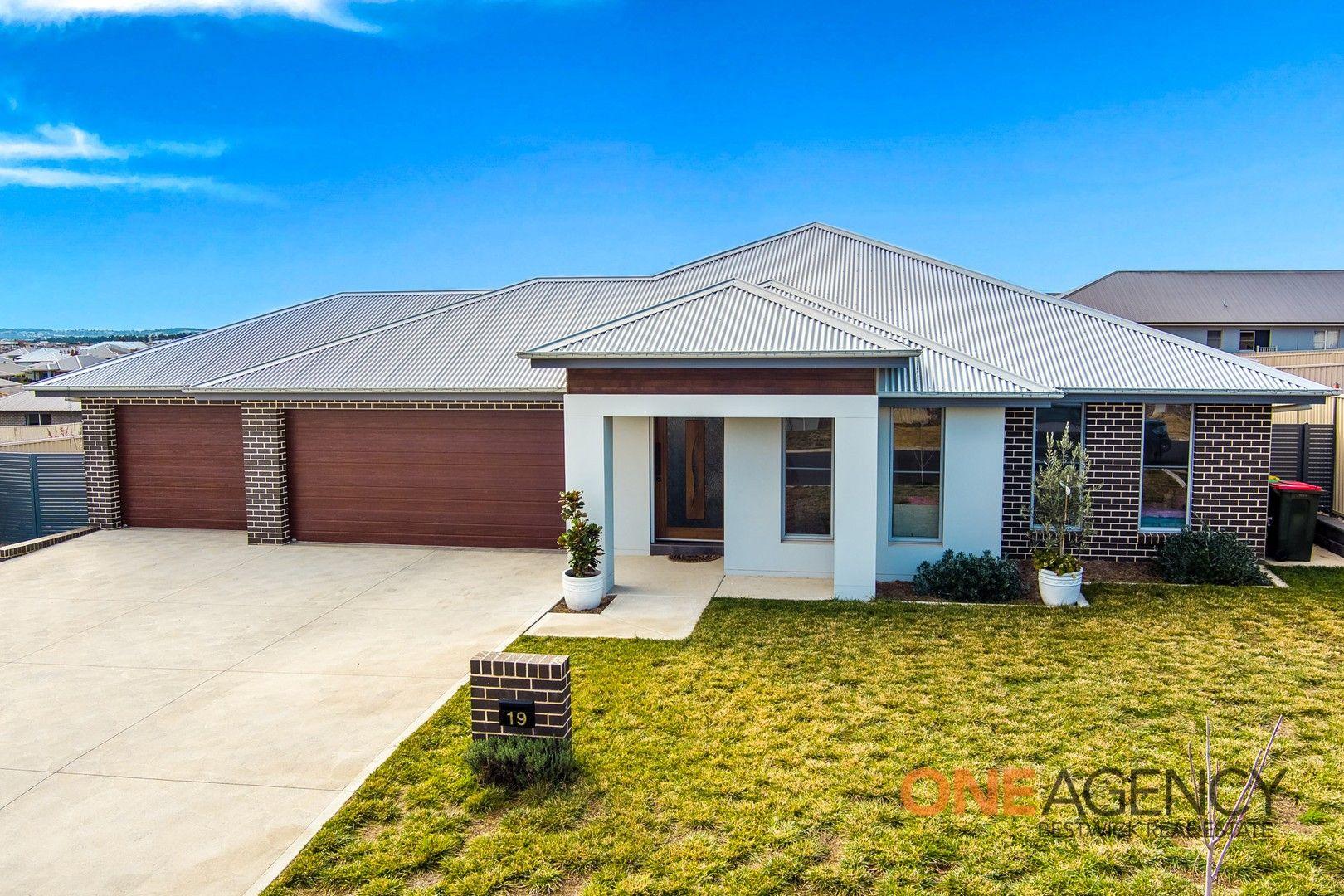 19 Ignatius Place, Kelso NSW 2795, Image 0