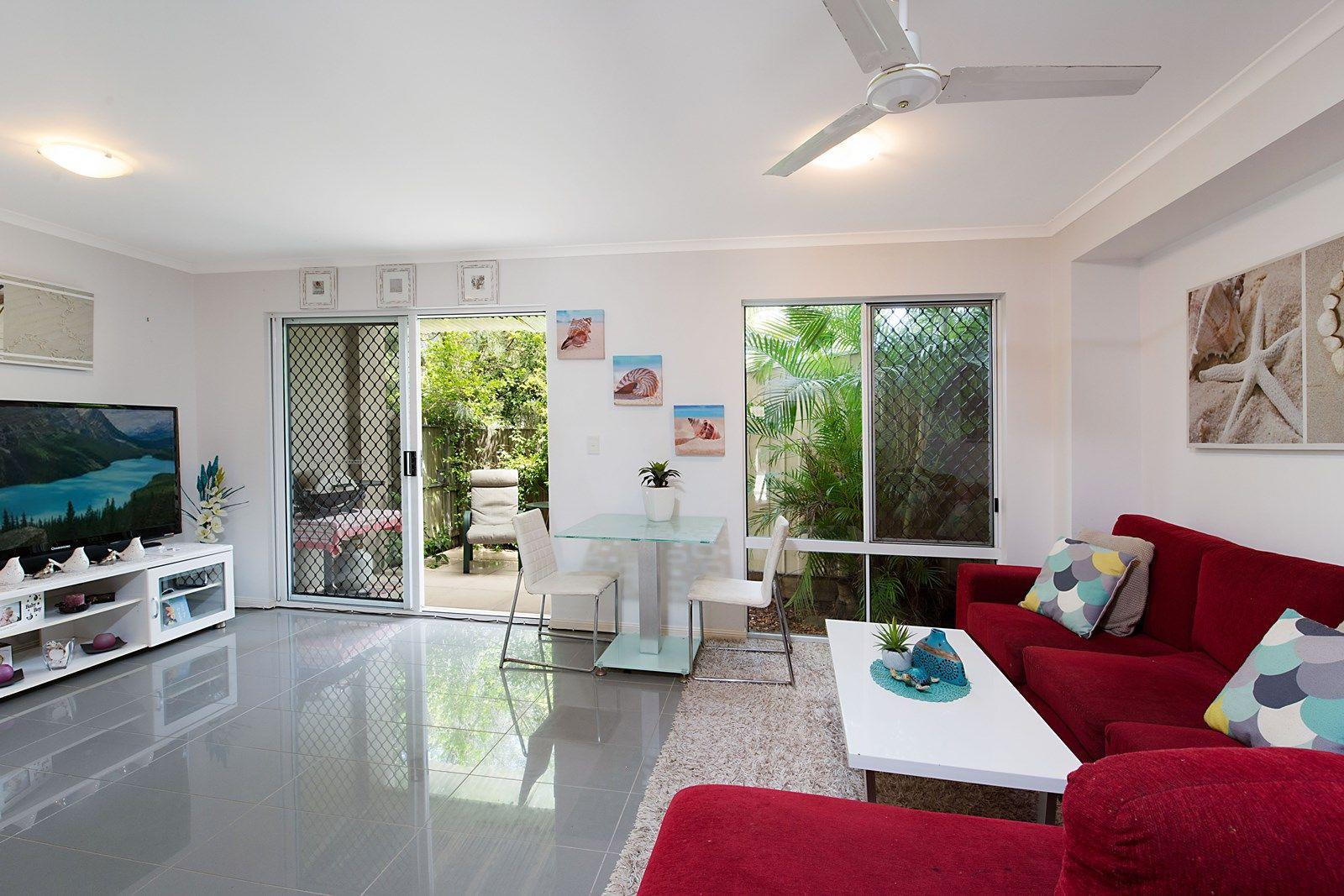 13/18 Lake Weyba Drive, Noosaville QLD 4566, Image 2