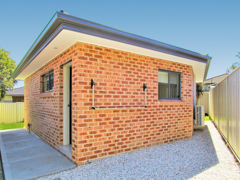 2a Amiens Close, Bossley Park NSW 2176, Image 0