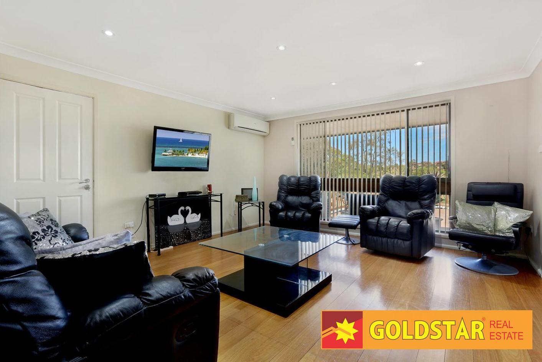 29 Moreton Road, Illawong NSW 2234, Image 2