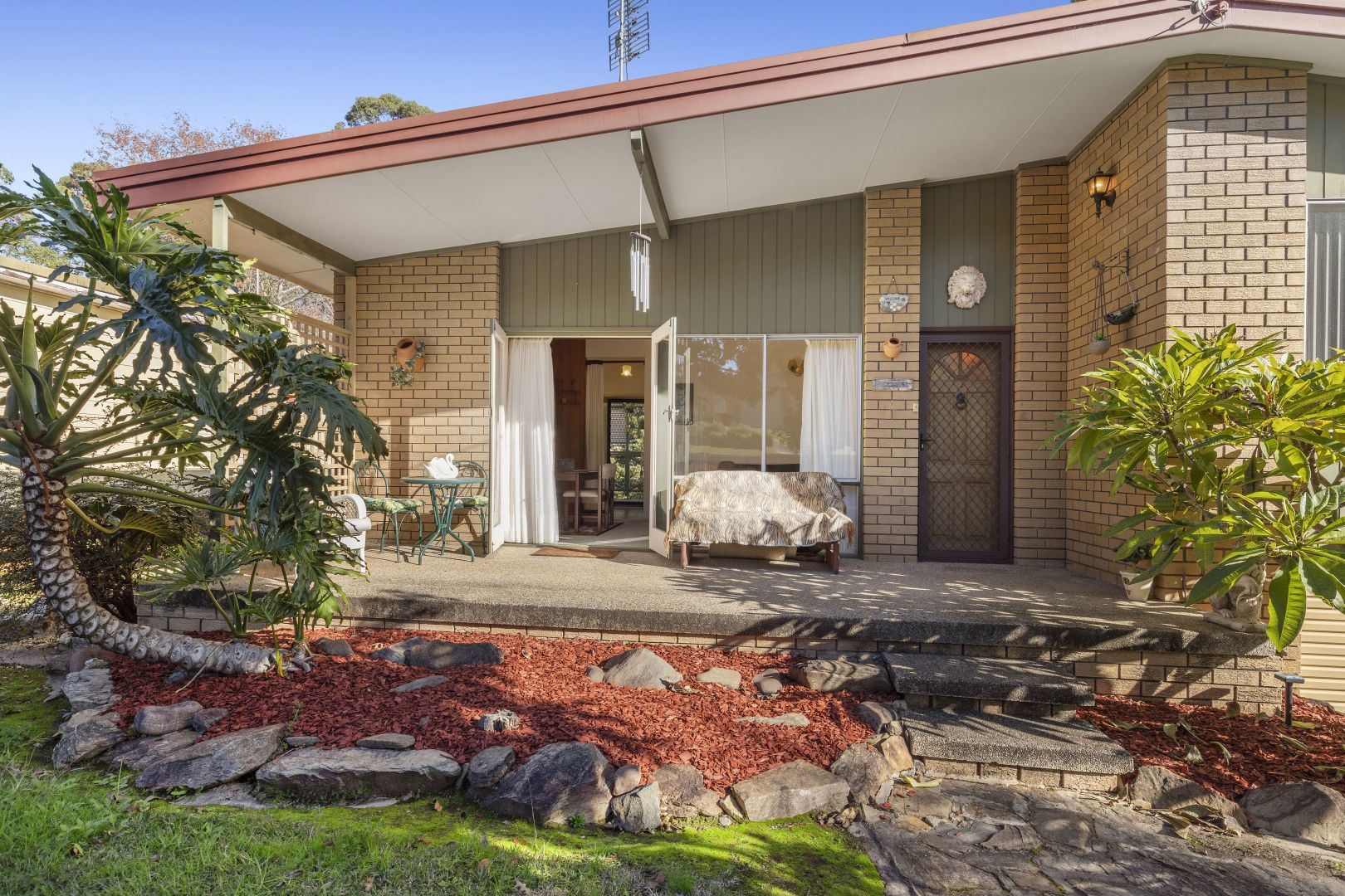 18 Pleasurelea Drive, Sunshine Bay NSW 2536, Image 2