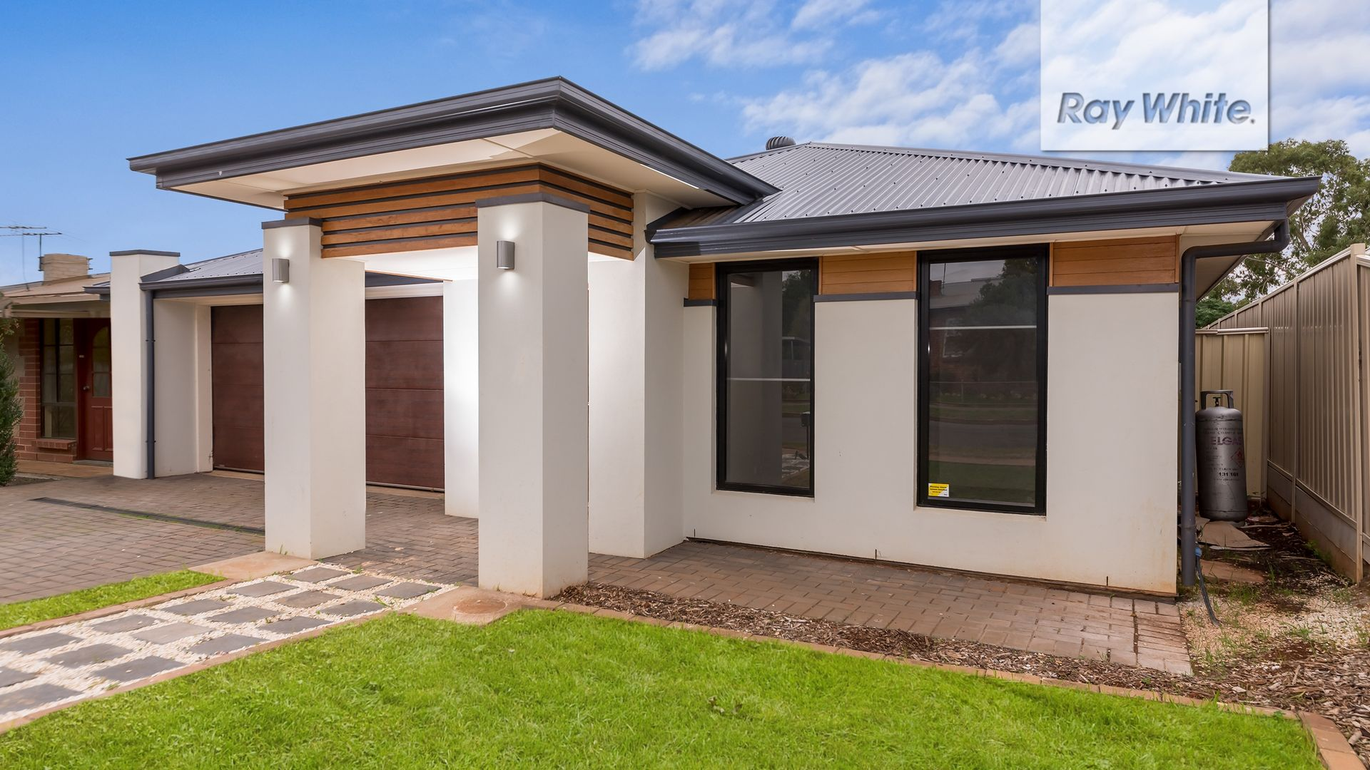 9 Stakes Crescent, Elizabeth Downs SA 5113, Image 2