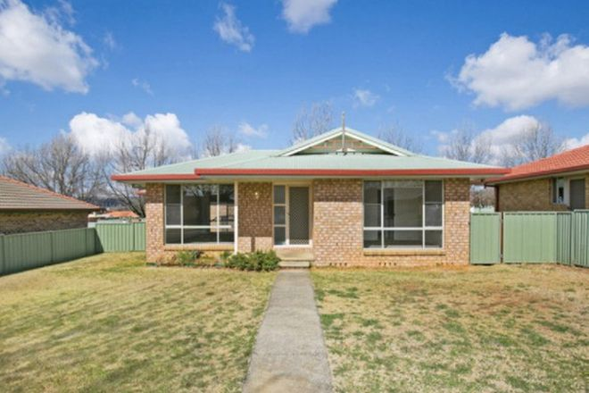 Picture of 8 Fiona Place, ARMIDALE NSW 2350
