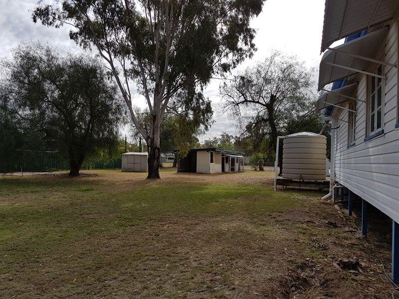 15 Burrowes Street, Surat QLD 4417, Image 1
