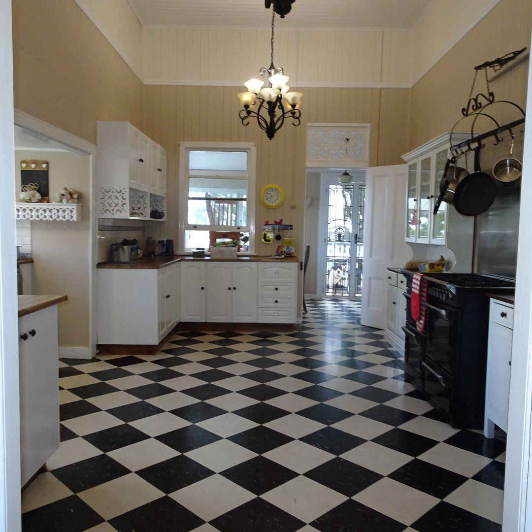 38 North Street, Childers QLD 4660, Image 2