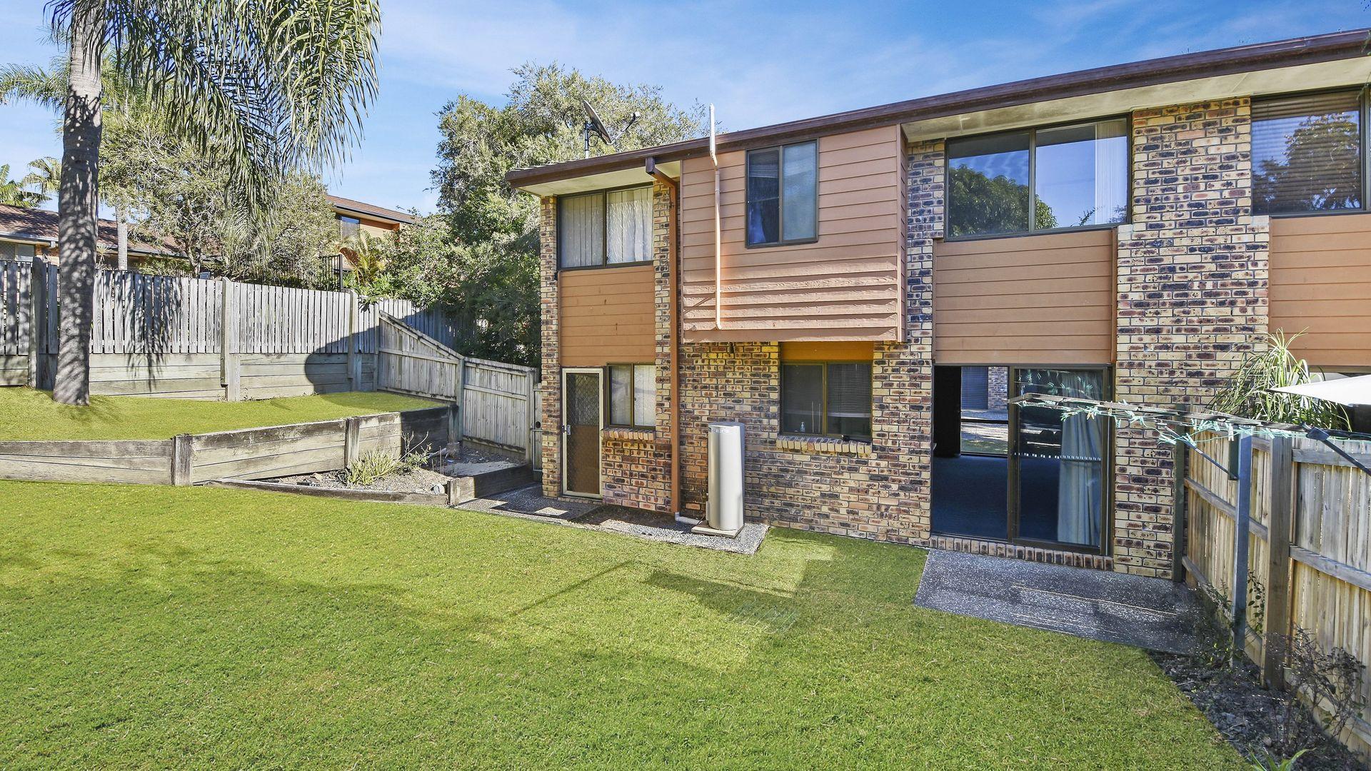 4/8 Sara Street, Ashmore QLD 4214, Image 1