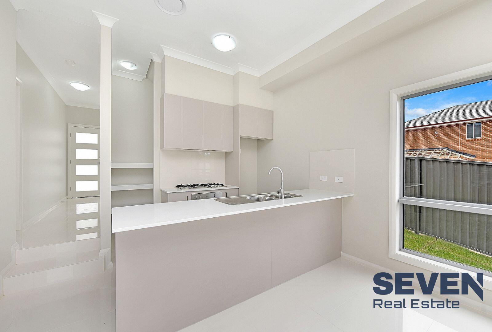 15 Oxlade Street, Kellyville NSW 2155, Image 2