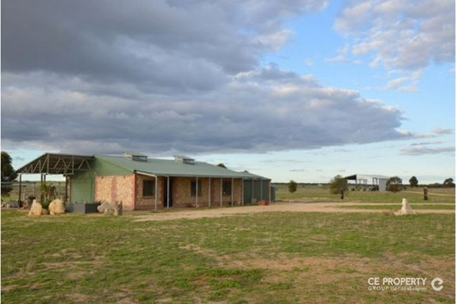 Picture of 409 Bowhill Road, BURDETT SA 5253