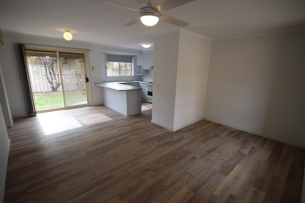 1/436 Romani Drive, Lavington NSW 2641, Image 2