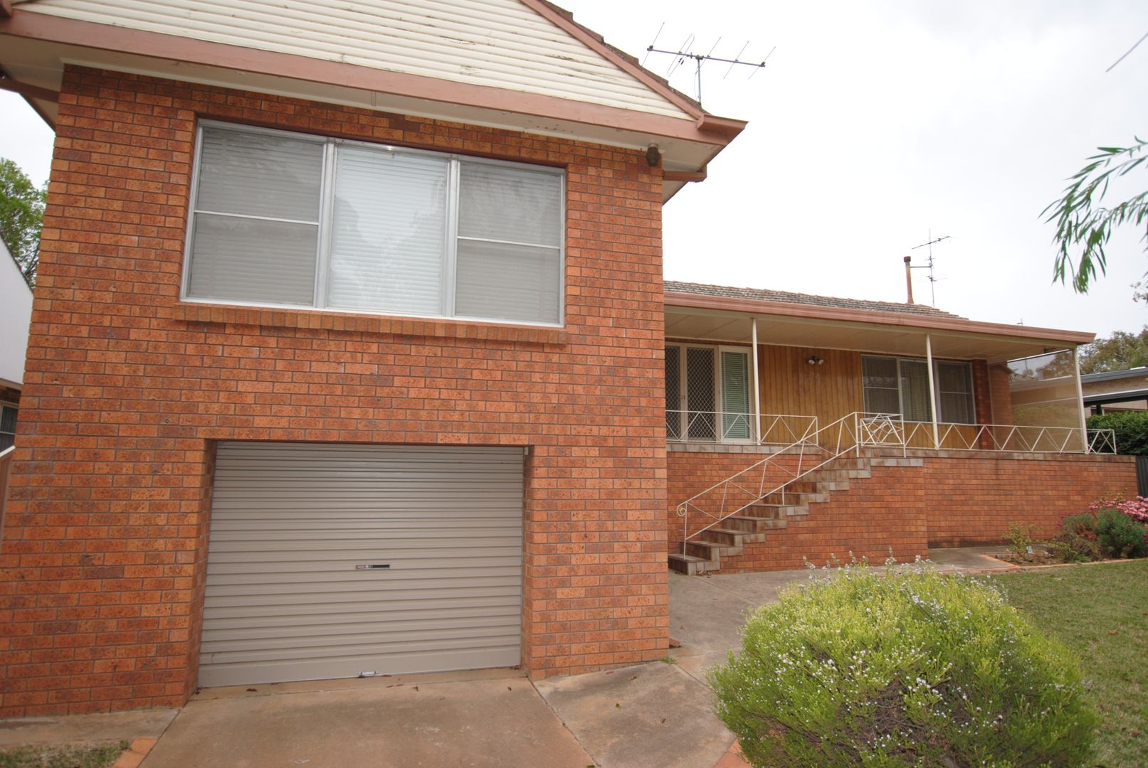 25 Thorby Crescent, Griffith NSW 2680, Image 0