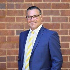 Rodney Zuccato, Principal/Licensee