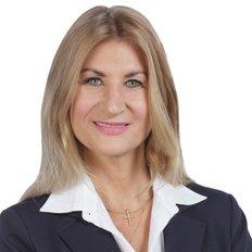 Phyllis Gemelli, Sales Associate