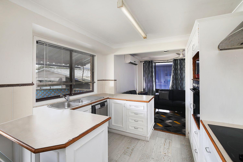 1 Kawana Avenue, Blue Haven NSW 2262, Image 1