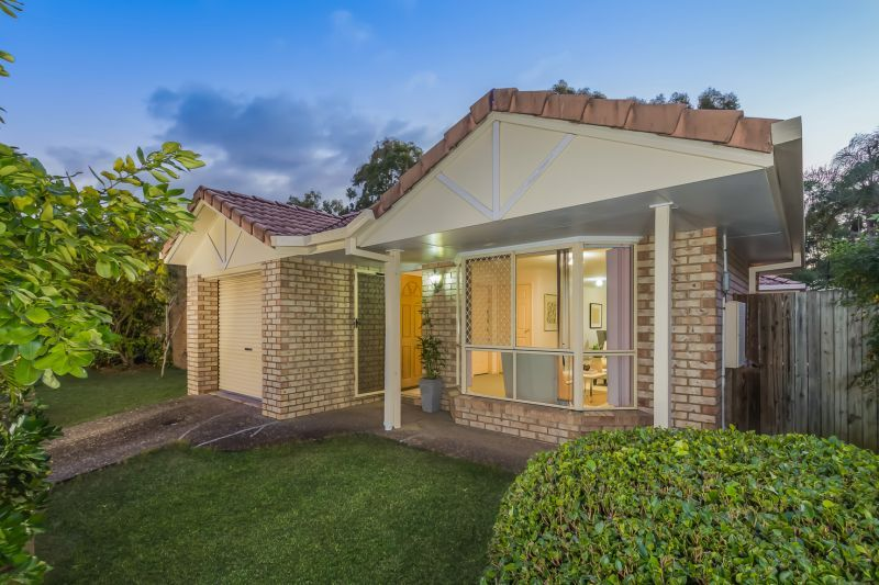4 McKenzie Place, Forest Lake QLD 4078, Image 0