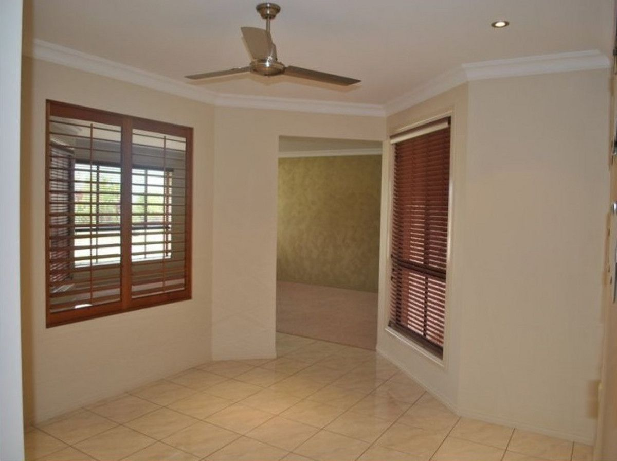9 Laird Avenue, Norman Gardens QLD 4701, Image 2