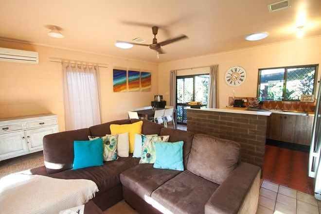 Picture of 10 Nioka Place, CARAVONICA QLD 4878