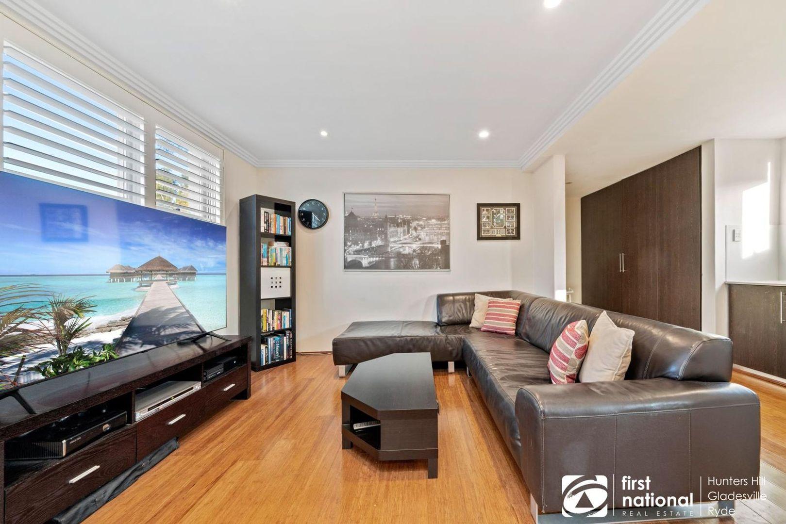 3/10 Ross Street, Gladesville NSW 2111, Image 0