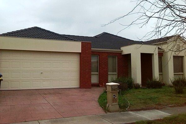 39 Sumner Crescent, Point Cook VIC 3030, Image 0