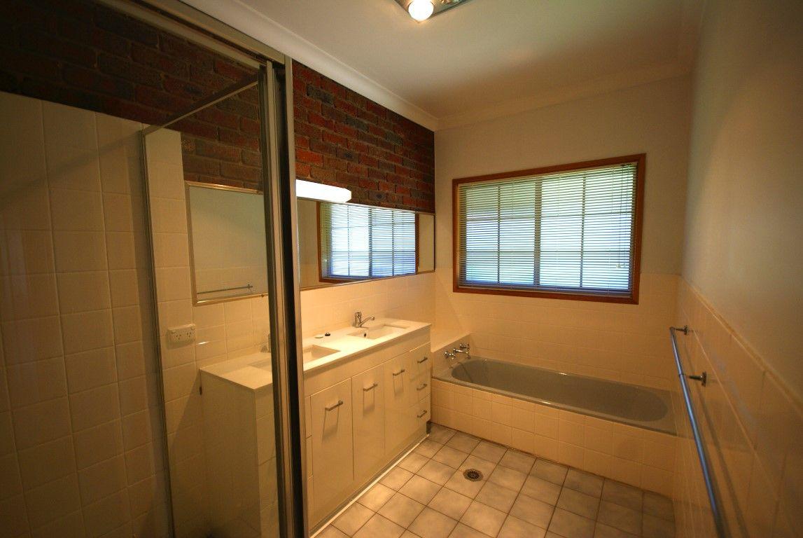 1/140 Benyon Street, Albury NSW 2640, Image 2