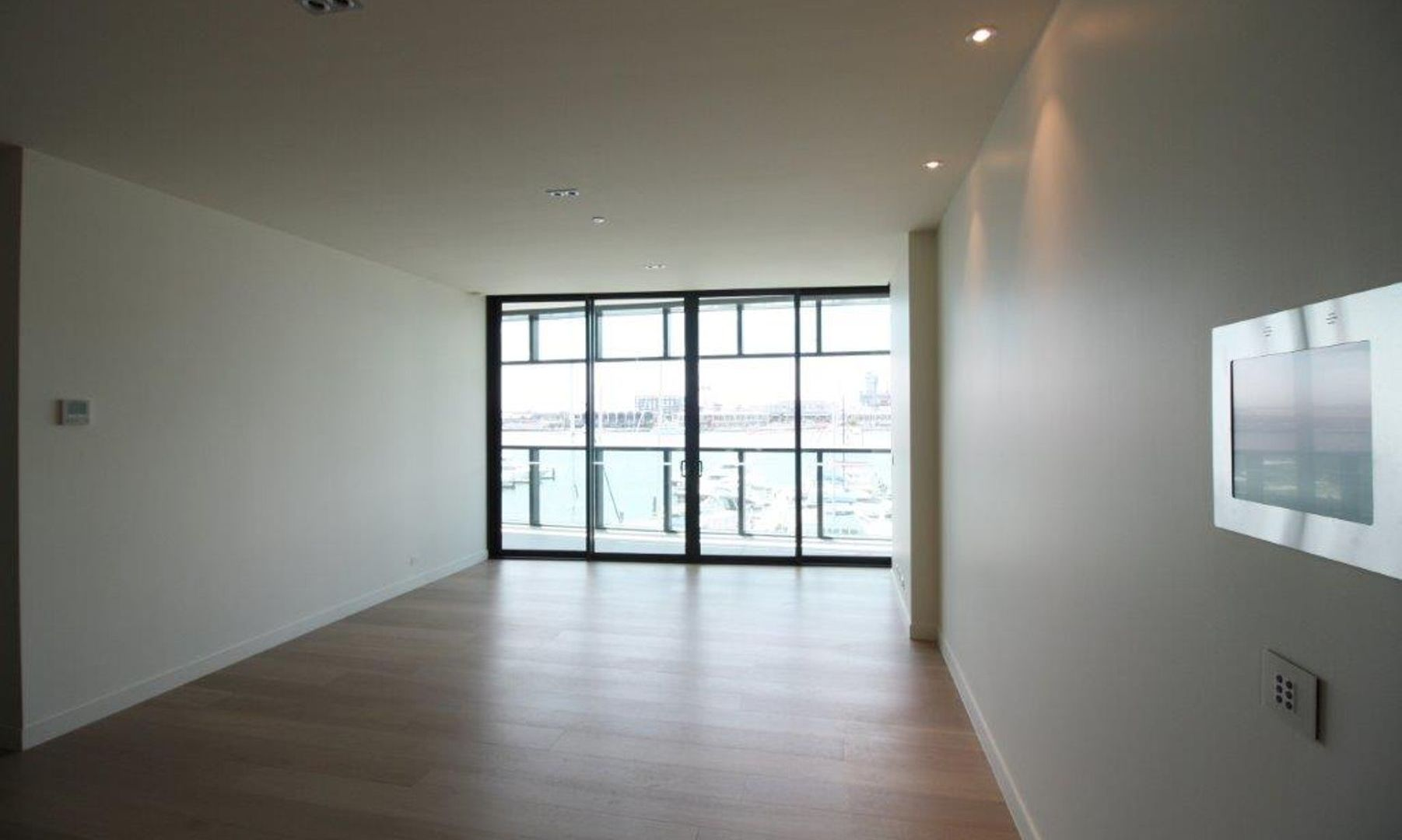 25/9 Waterside Place, Docklands VIC 3008, Image 1