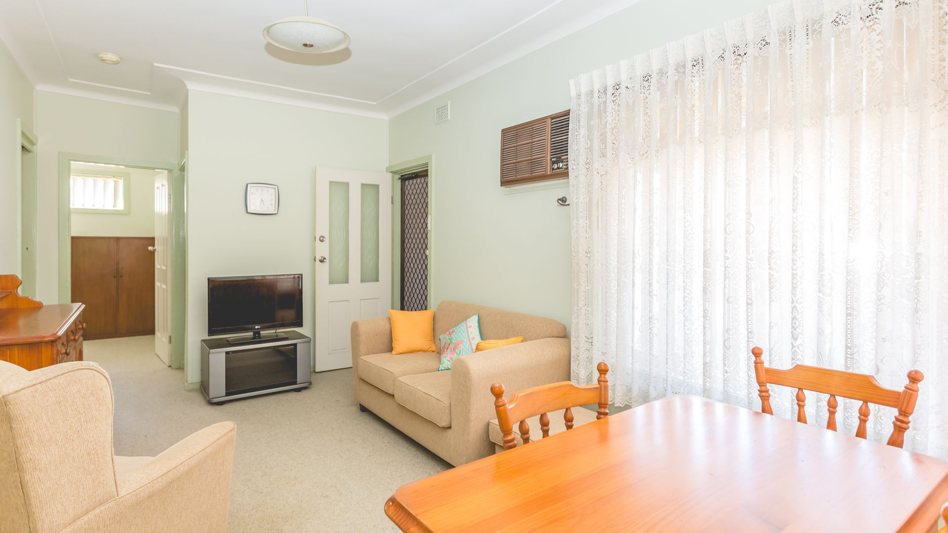 61 Albert Street, Warners Bay NSW 2282, Image 2