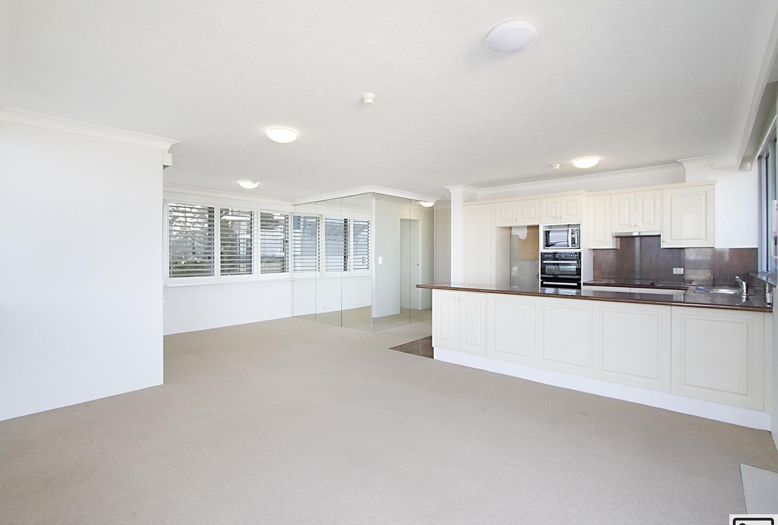 4/25 Northcliffe Terrace, Surfers Paradise QLD 4217, Image 2