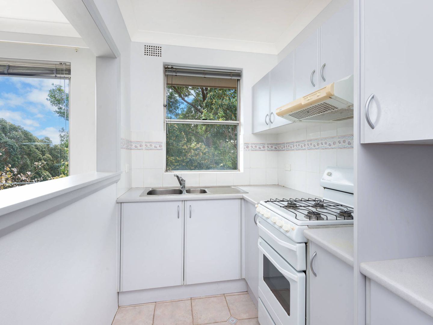 11/299 West Street, Cammeray NSW 2062, Image 2