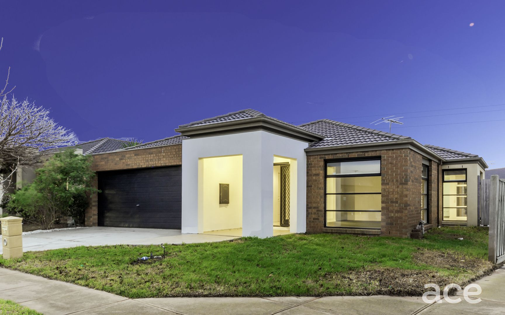 36 Fantail Crescent, Williams Landing VIC 3027, Image 2