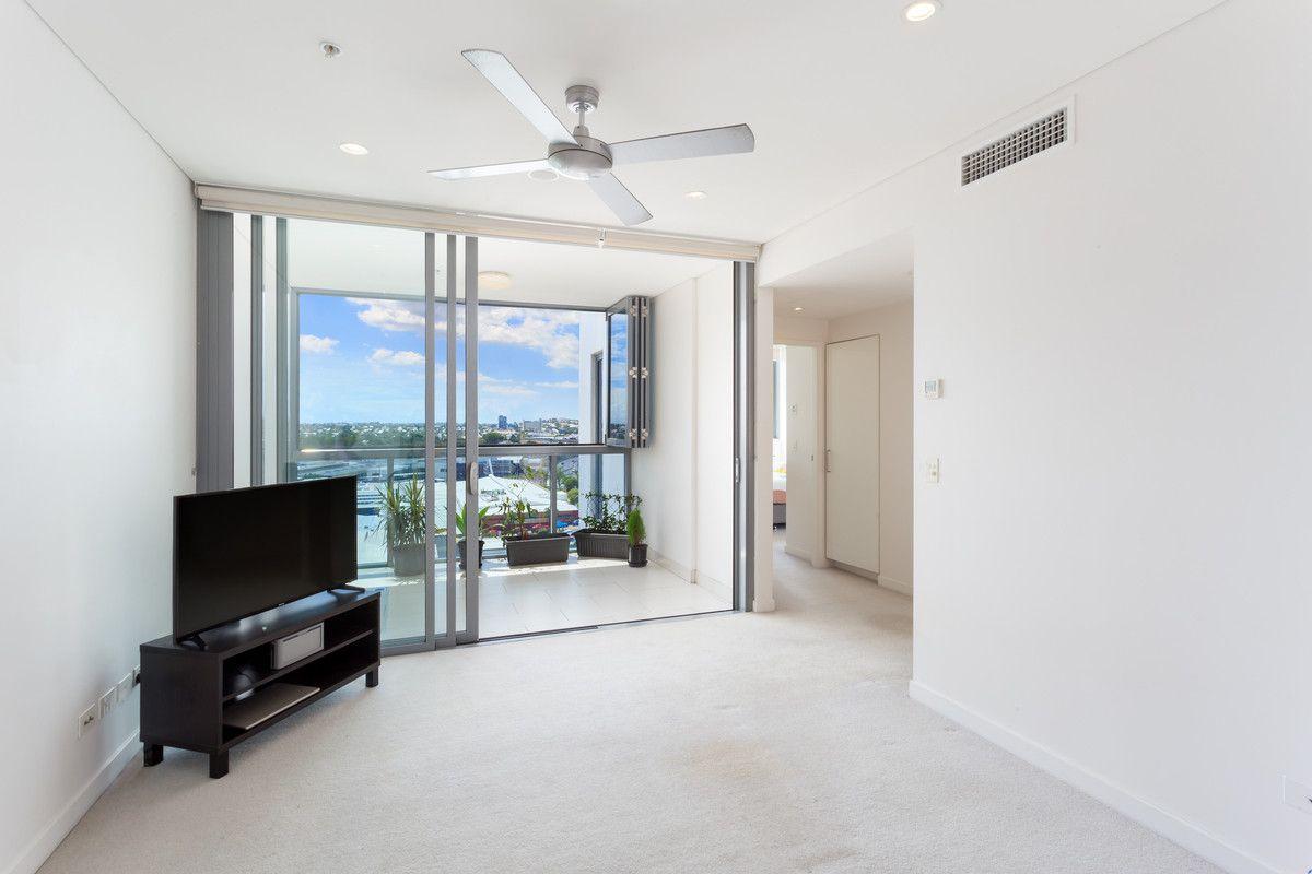 1075/16 Hamilton Place, Bowen Hills QLD 4006, Image 0