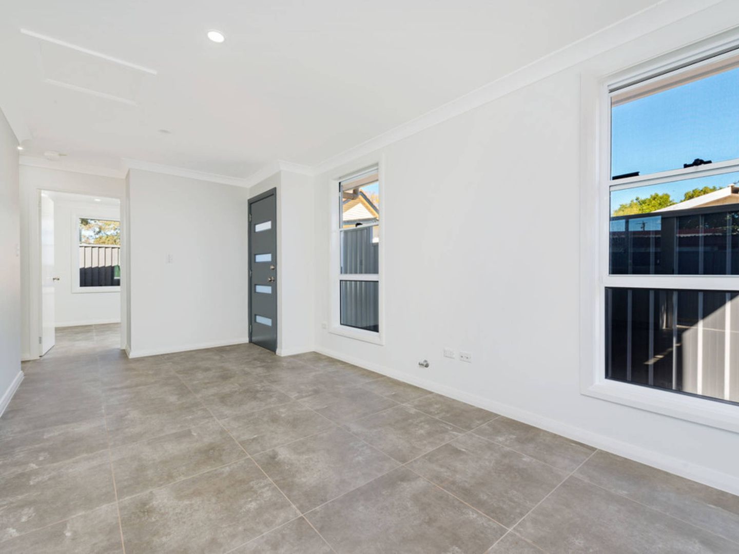 102a Seven Hills Road South, Seven Hills NSW 2147, Image 2