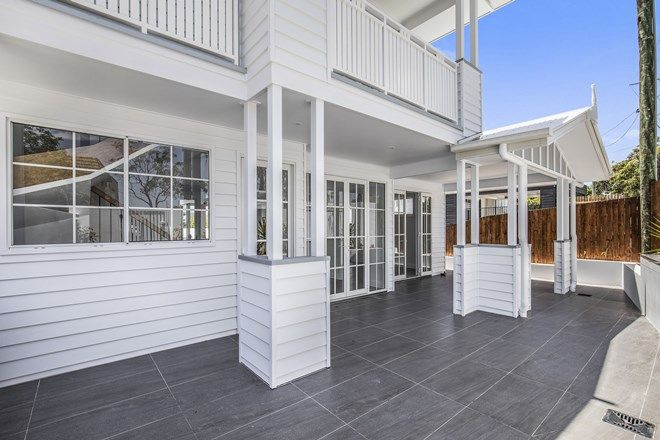 Picture of 1/21 Simpsons Road, BARDON QLD 4065
