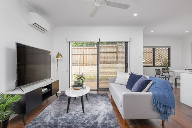 Picture of 169 Pinelands Road, SUNNYBANK HILLS QLD 4109