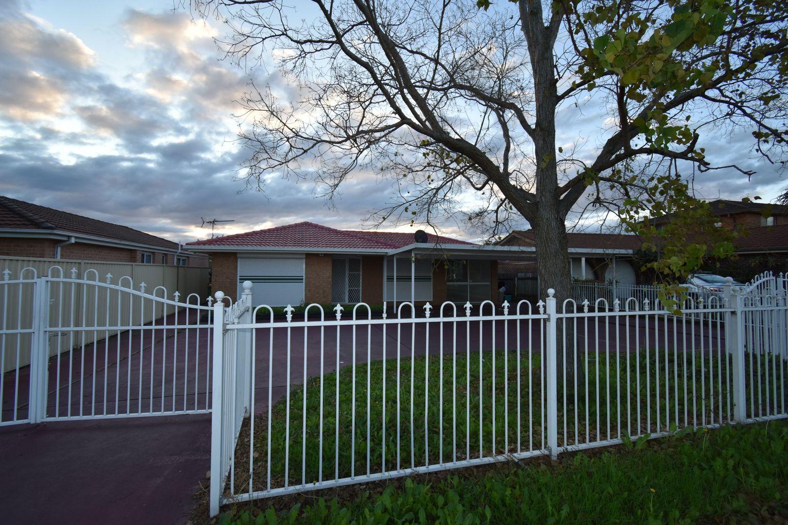 622 Smithfield Road, Greenfield Park NSW 2176, Image 0