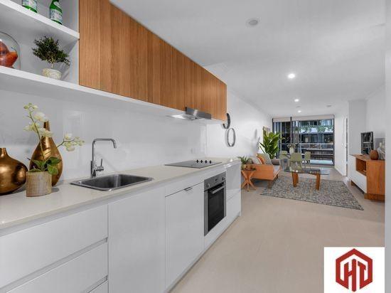 8K 42 Wyandra Street, Newstead QLD 4006, Image 2