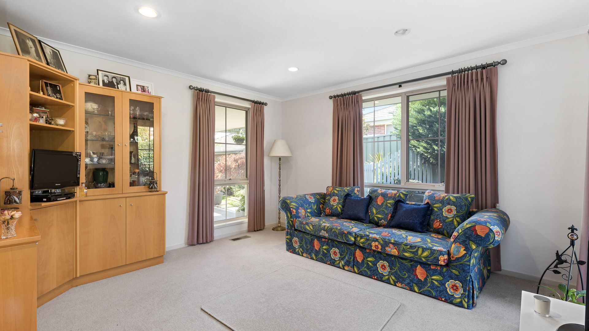 25 Annabell Court, Spring Gully VIC 3550, Image 2
