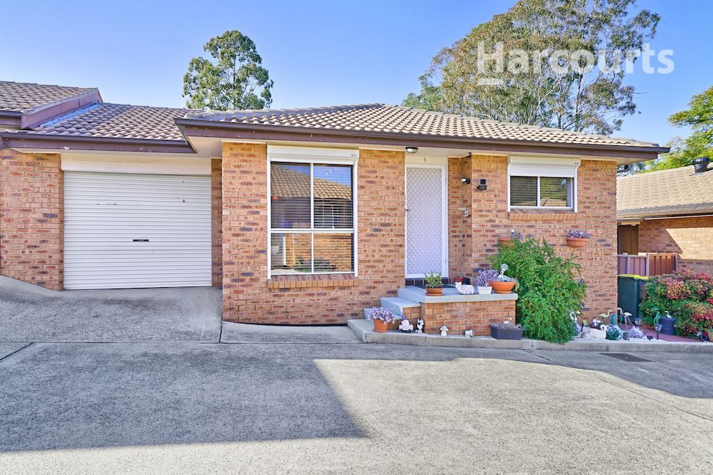 5/16 Alderney Street, Minto NSW 2566, Image 0