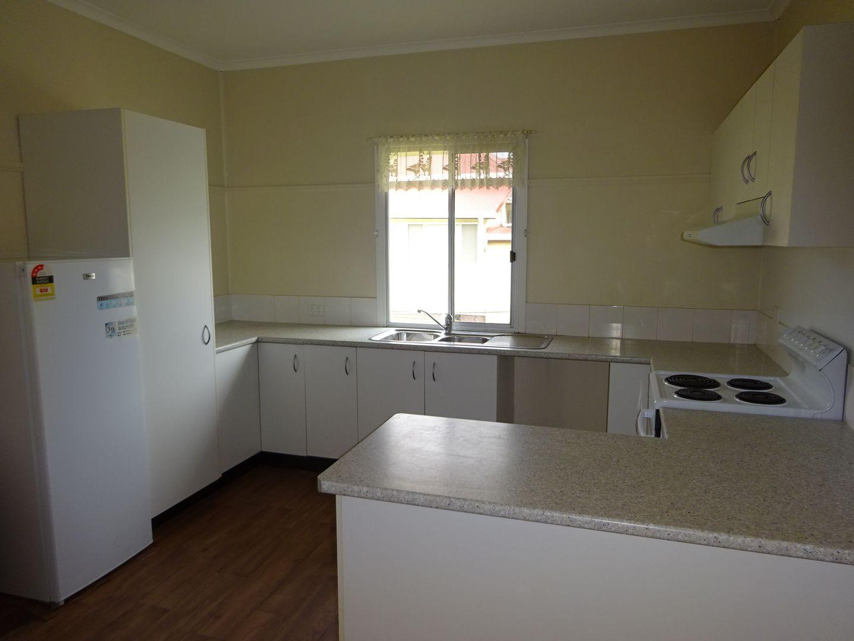 24 Denham St, Stanthorpe QLD 4380, Image 2