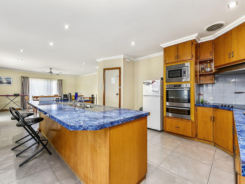 17 Peake Street, Mount Gambier SA 5290, Image 0