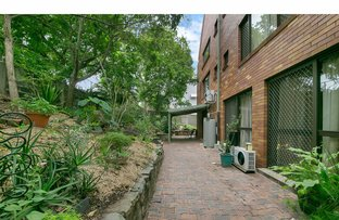 Picture of 1/7 Ascog Tce, Toowong QLD 4066