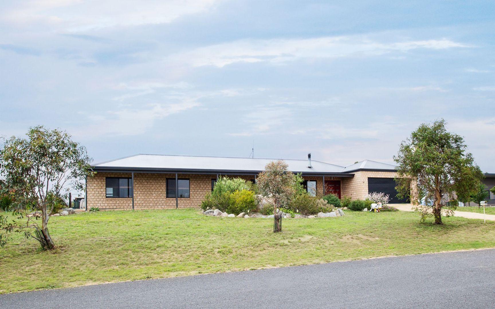 19 Geehi Circuit, Jindabyne NSW 2627, Image 0