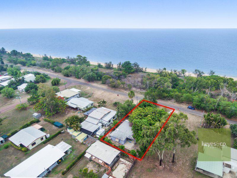 13 Esplanade, Balgal Beach QLD 4816, Image 0