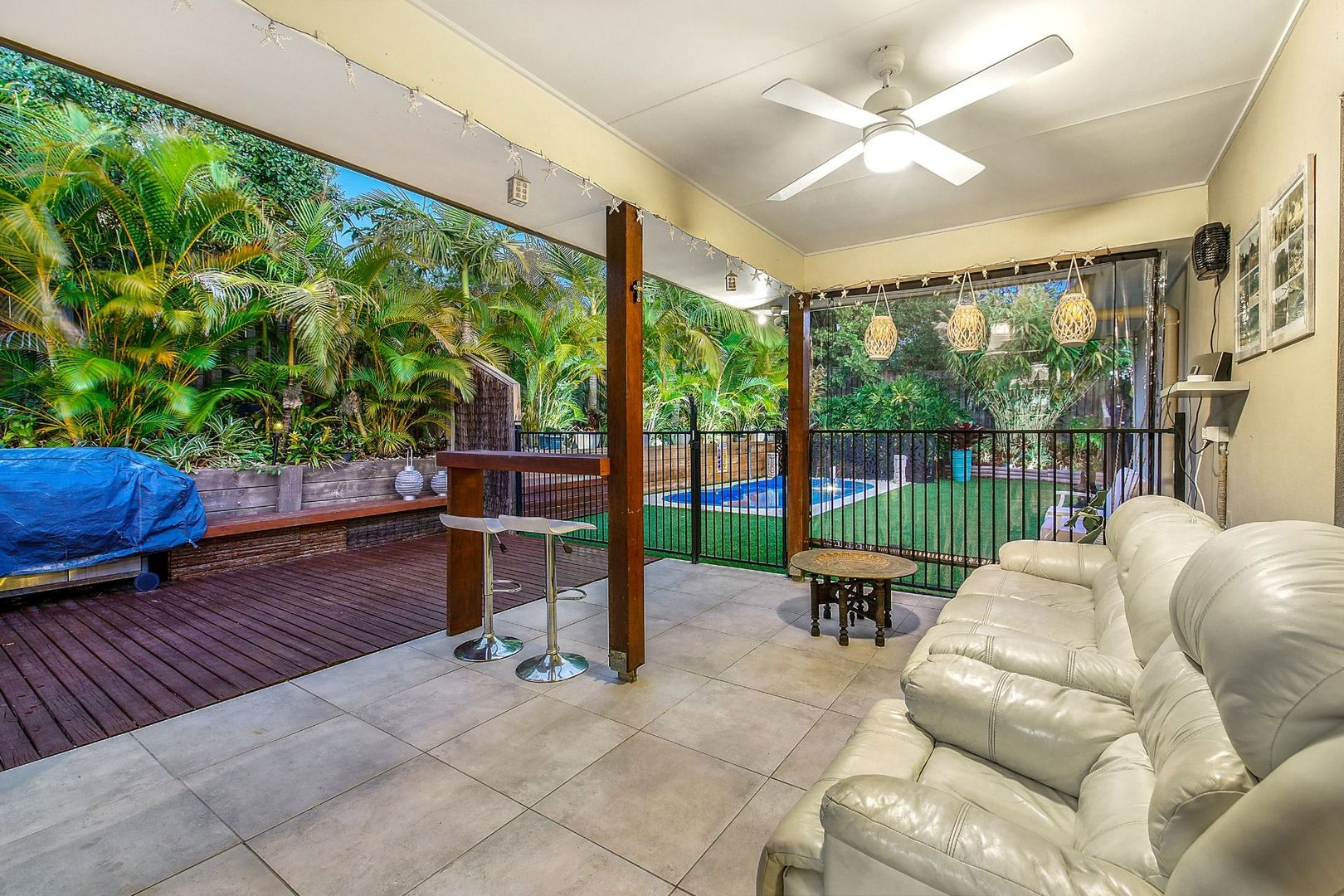 5 Berrimilla Lane, Coomera Waters QLD 4209, Image 2