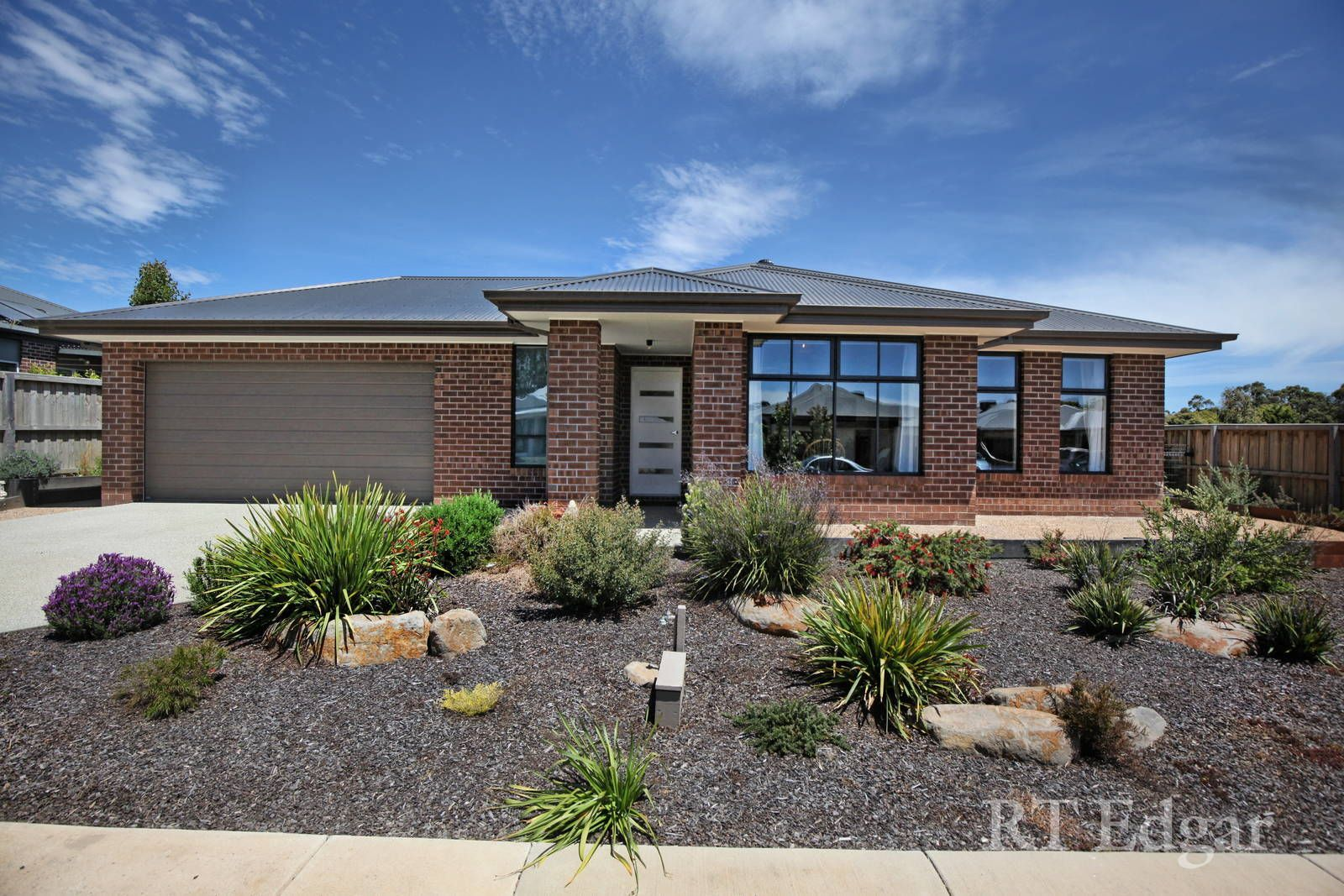 19 Beaumont Place, Woodend VIC 3442, Image 0
