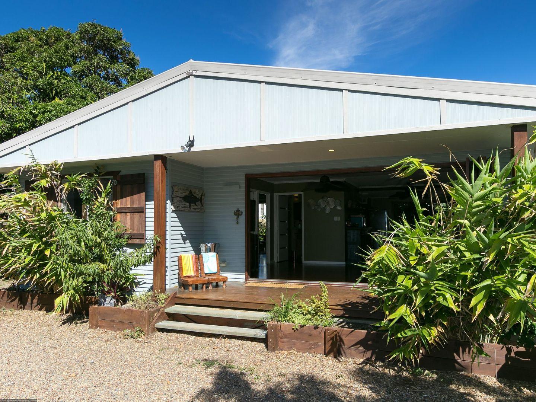 504 Charlton Esplanade, Urangan QLD 4655, Image 1