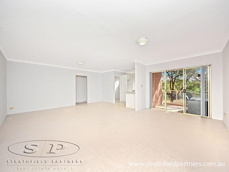 4/18 Weigand  Avenue, Bankstown NSW 2200, Image 1