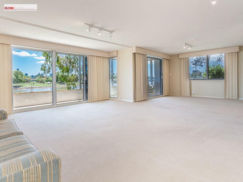 1/34 Sandford Street, St Lucia QLD 4067, Image 2