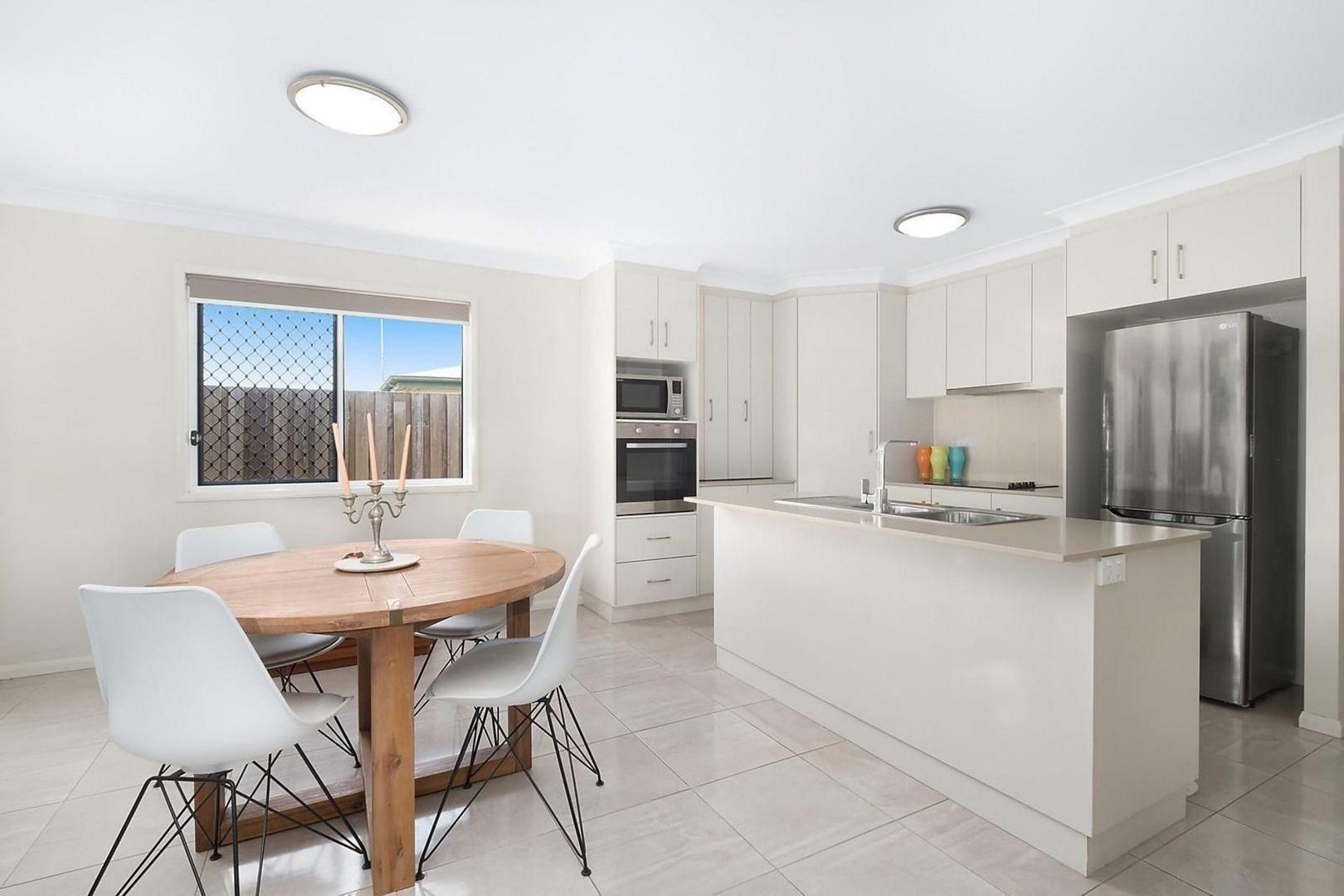 2/85 North Street, Harlaxton QLD 4350, Image 1