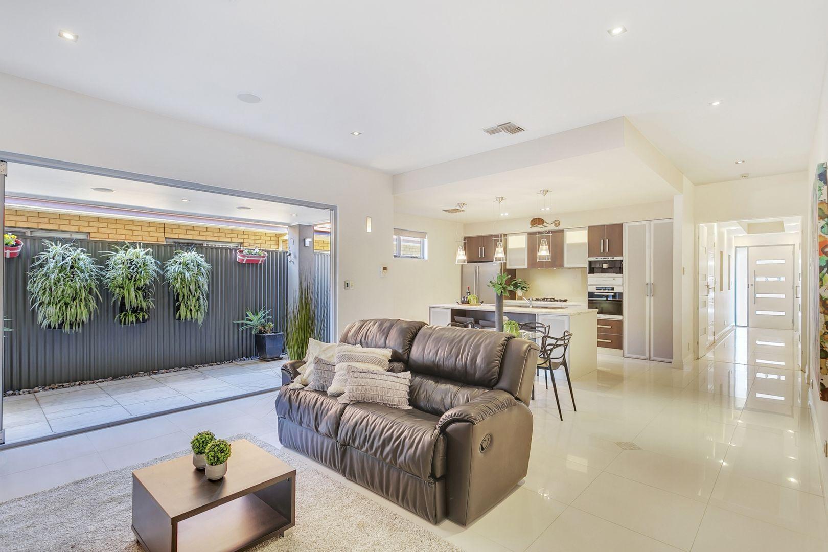 43 Sandison  Terrace, Glenelg North SA 5045, Image 1