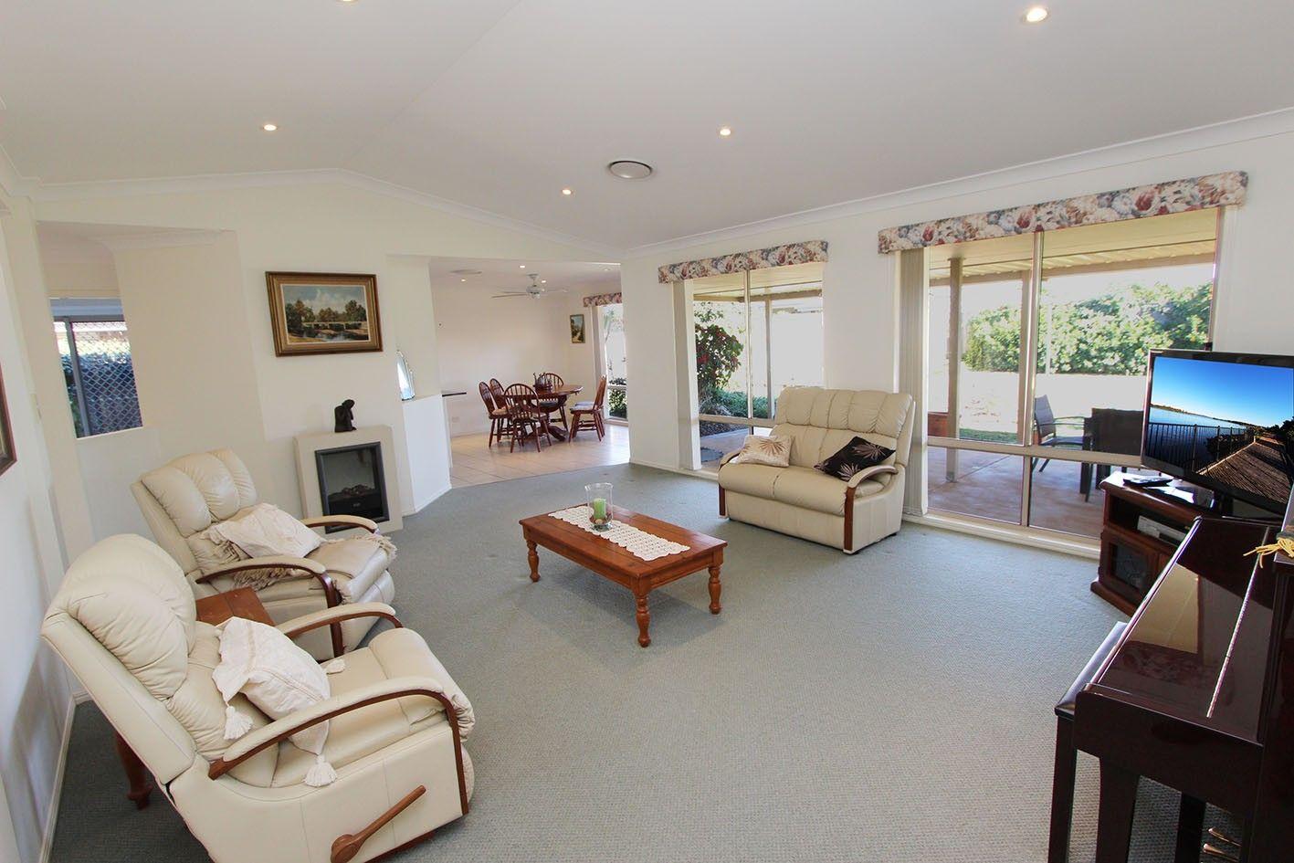 24 John Gollan Avenue, Harrington NSW 2427, Image 2