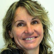 Susanne Reynolds, Sales representative